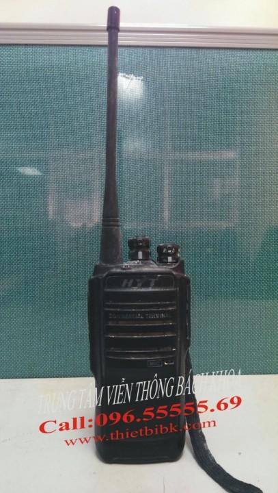 Bộ đàm HYT TC508 sau 1 năm sử dụng tại công trường
