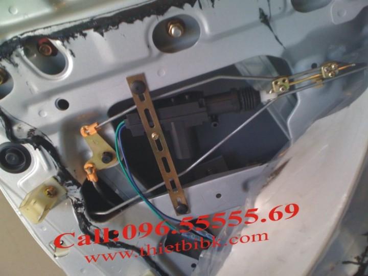 Lắp đặt chuột cửa ô tô - điều khiển cửa ô tô