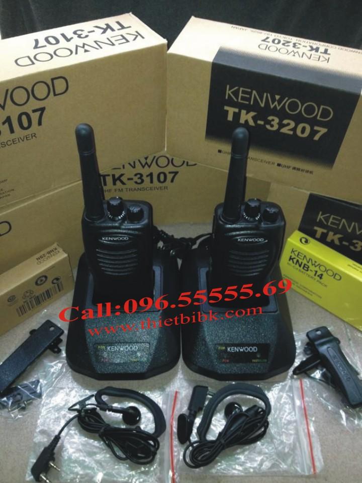 Máy bộ đàm KENWOOD TK-3207 UHF với đầy đủ phụ kiện