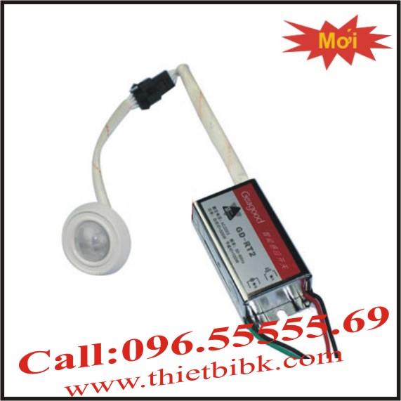Công tắc cảm ứng hồng ngoại gắn âm trần KAWA KW320
