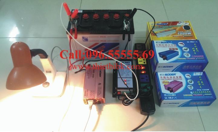 Máy kích điện SUOER KFA 1000W Power inverter chuyển đổi điện 12VDC sang 220VAC trong khi sạc ắc quy tự động