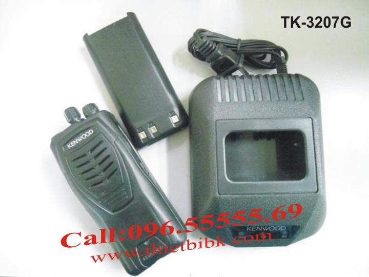 Bộ đàm KENWOOD TK-3207G dùng cho khách sạn, nhà hàng, quán ăn