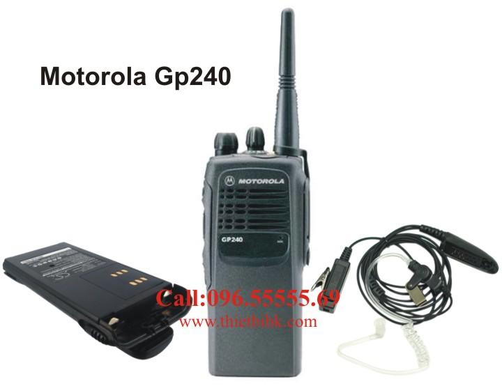Bộ đàm Motorola GP240 dùng chung phụ kiện với Bộ đàm Motorola GP328