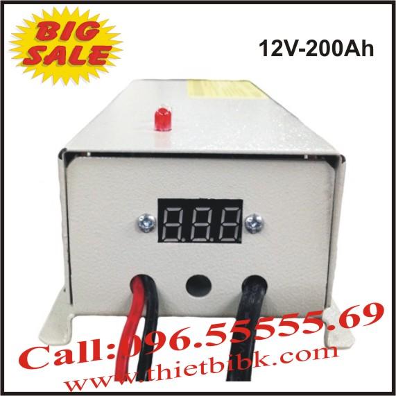 Bộ Sạc ắc quy tự động HITECH POWER V 12V-200Ah