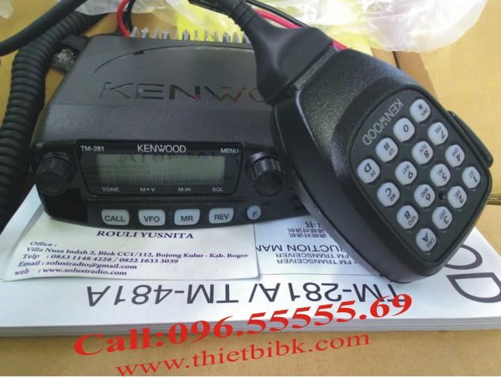 Bộ đàm Kenwood TM 281A VHF gắn trên xe Taxi với công suất phát 65W